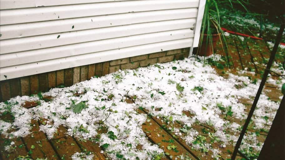 https://www.angieslist.com/articles/how-handle-roof-damage-hail-storms.htm