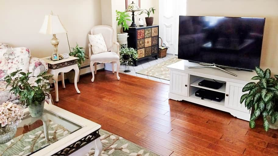 Top Hardwood Flooring Trends Offer Fresh Looks