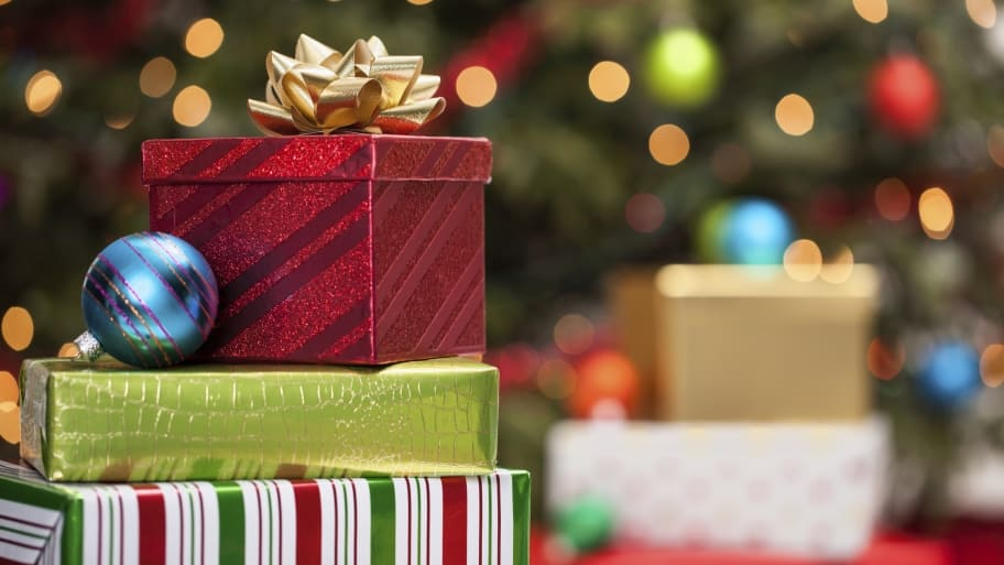 dealing with adult children during the holidays holiday gifts