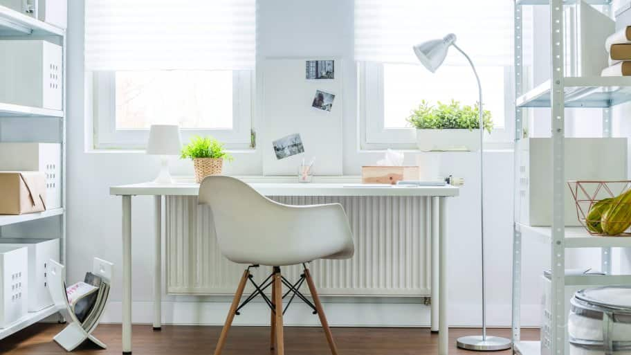 Organize your home office with these quick tips. (Photo courtesy of Katarzyna Bialasiewic­z)