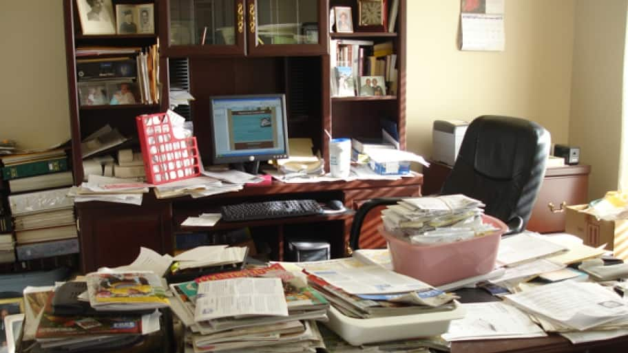 organize office. Tips To Organize Your Desk And Home Office