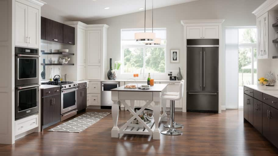 Hire the best kitchen remodeling contractor angie 39 s list for Best kitchen renovations