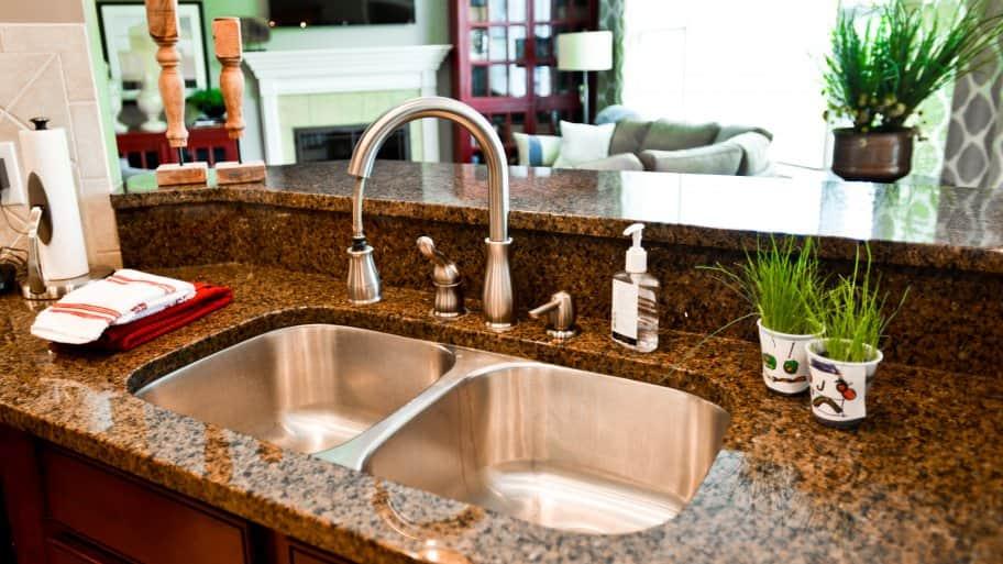 deep kitchen sink