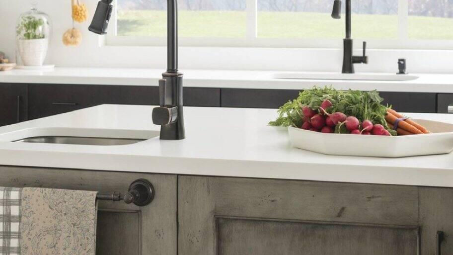 Bronze kitchen faucets