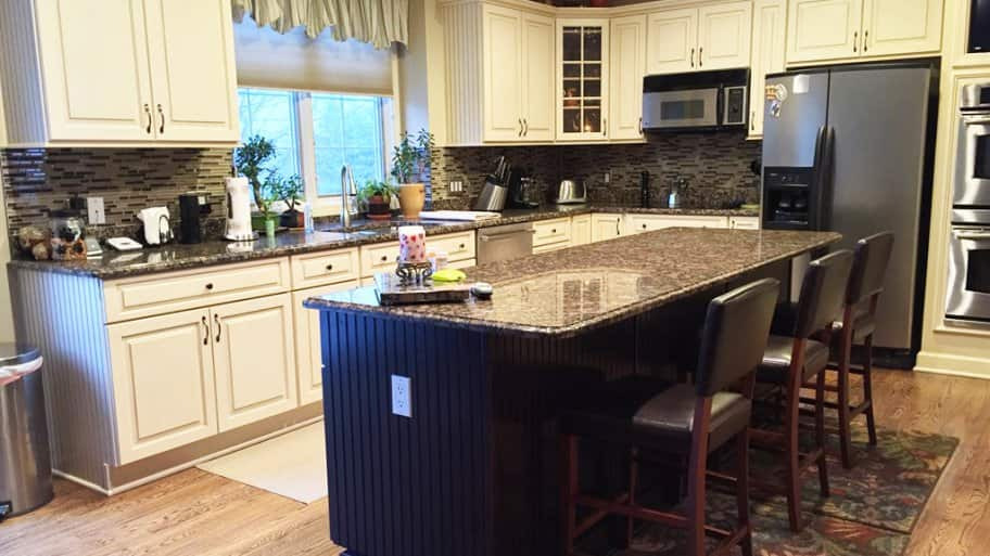 Pictures of Modern Kitchen Islands | Angie\'s List