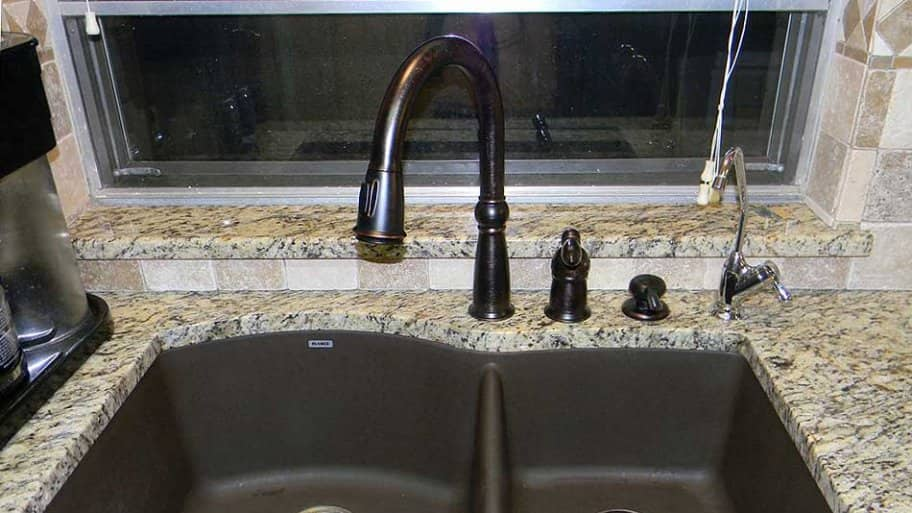Shallow Depth Farmhouse Sink : Which type of kitchen sink do you think would be the right size for ...