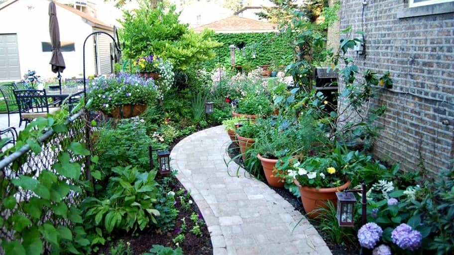 How To Landscape A Small Yard Or Patio Angies List