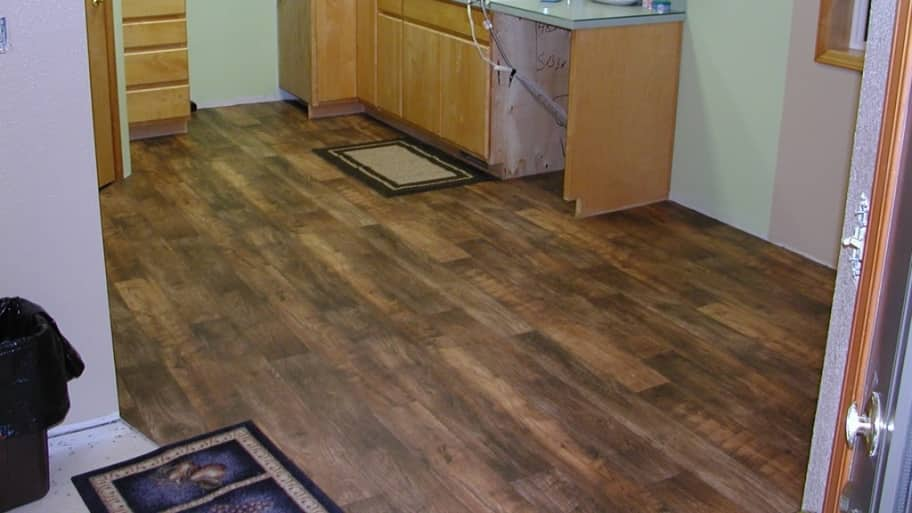 Merveilleux Linoleum Flooring In Kitchen