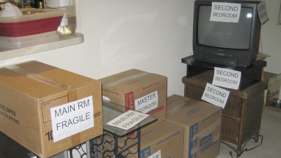 moving boxes with labels