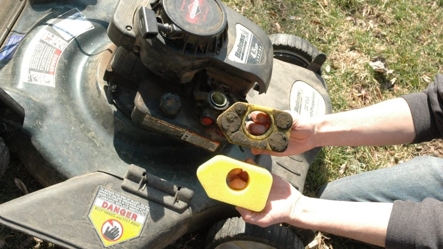 lawn mower won't start? troubleshooting tips to try | angie's list