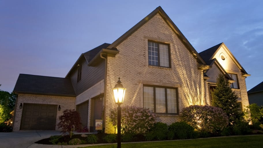 outdoor lighting companies illuminate homes and yards