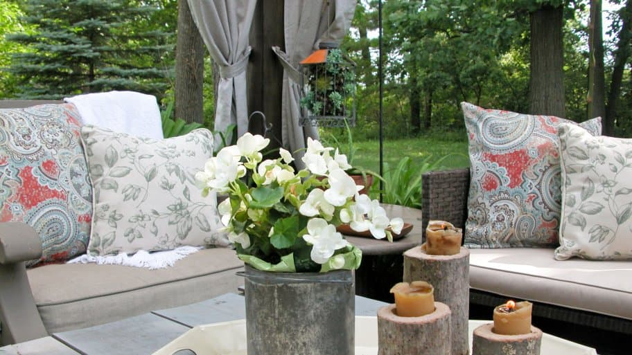how to make your own outdoor pillows angie 39 s list. Black Bedroom Furniture Sets. Home Design Ideas