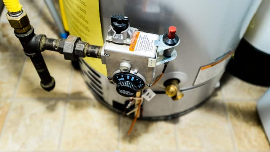 Gas Licht Water : How to relight a gas water heater s pilot light angie s list