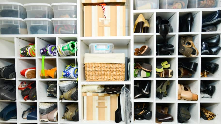 Exceptionnel A Neat Shoe Closet With Organizers. Hiring A Professional ...