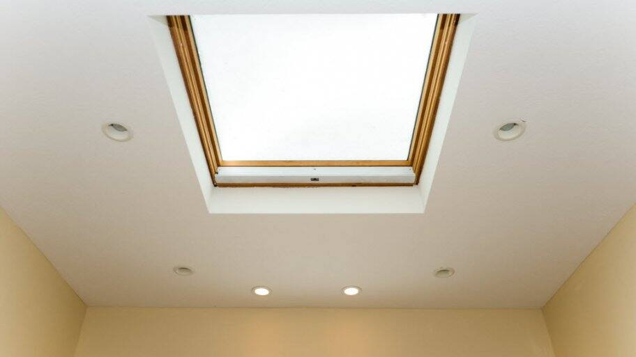 skylight in ceiling