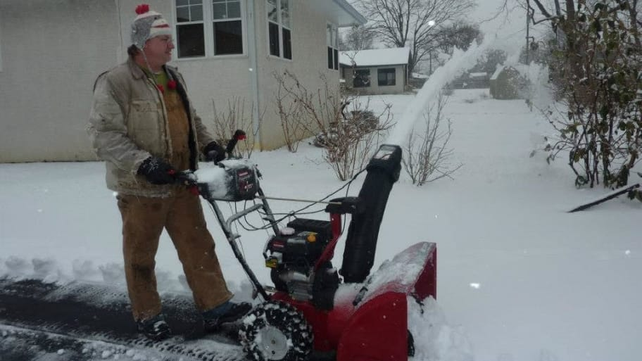Snowblower in action