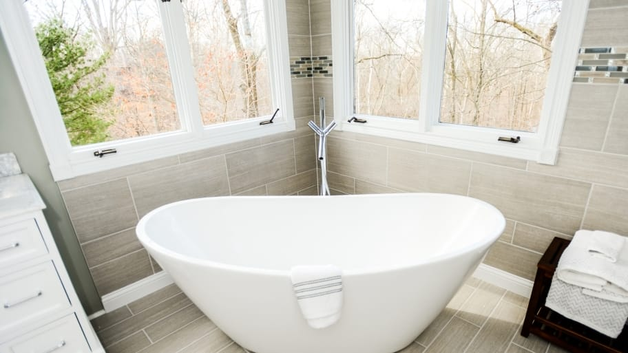 Beau Large Soaking Bathtub Shaped Like Basin Inside Bathroom