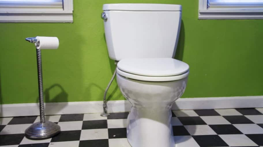 How to Pick the Best Toilet for Your House | Angie\'s List