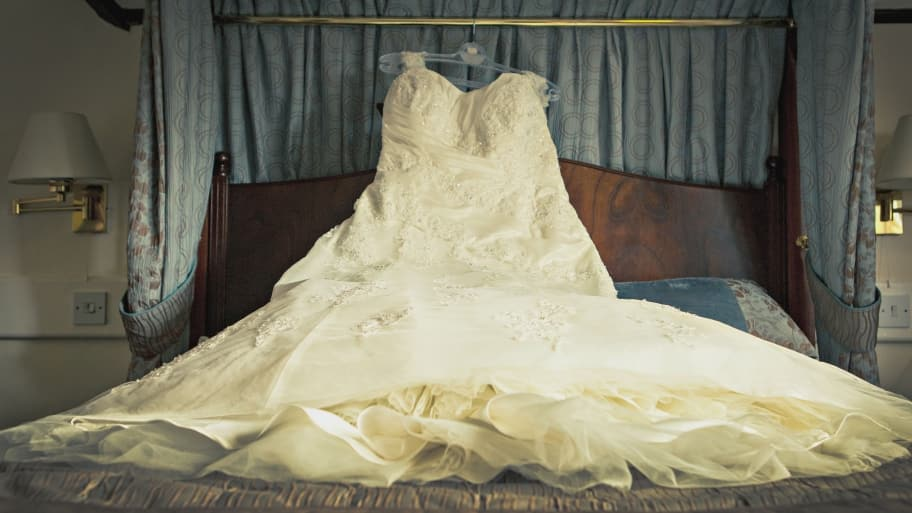 How To Preserve A Wedding Dress