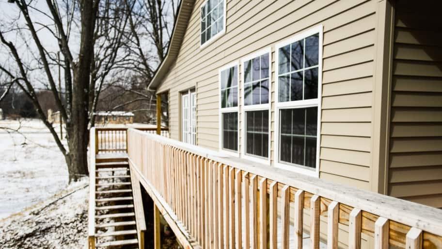 vinyl windows on home exterior