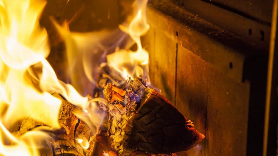 Can I Convert A Gas Fireplace To Wood Burning Part - 17: Logs Wood Burning In Woodburning Fireplace