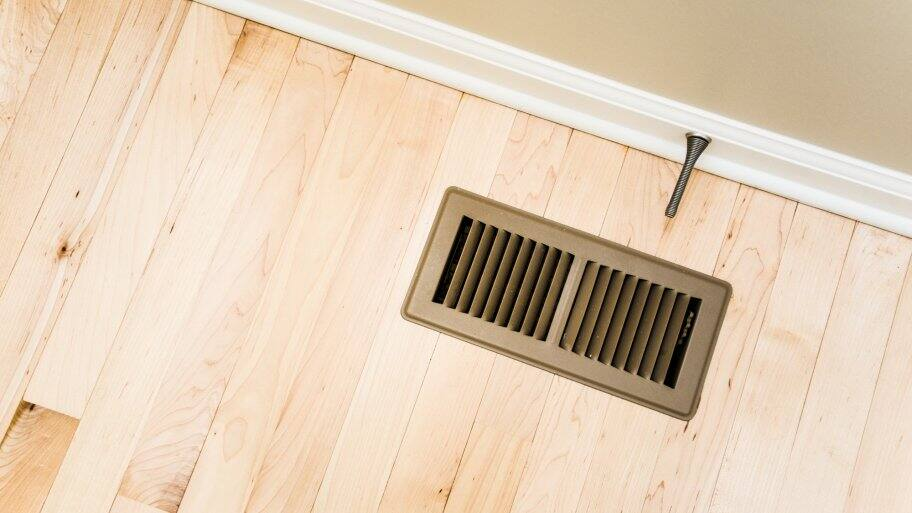 return air vent in wood floor
