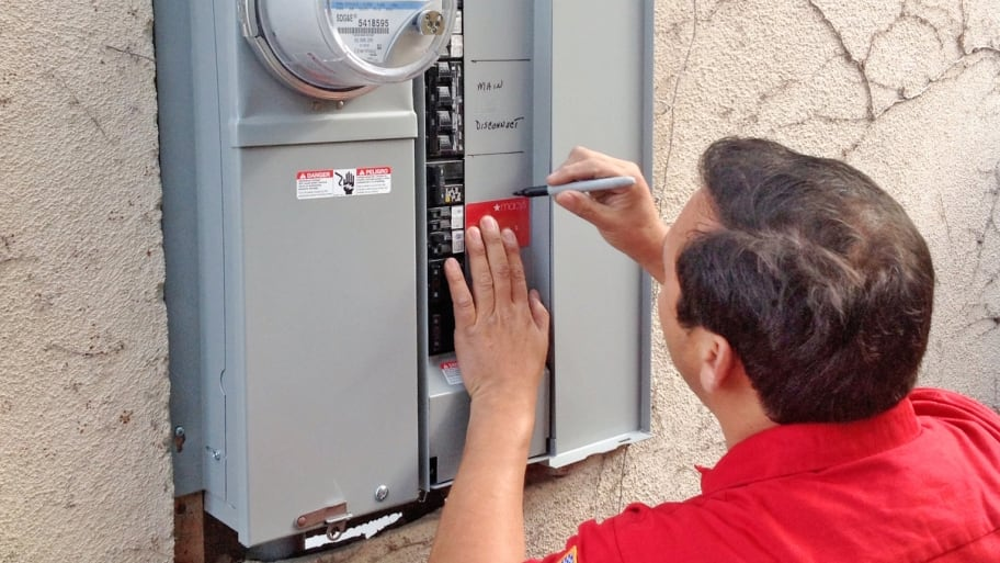 Does Your Electrical System Need Updating? | Angie\'s List