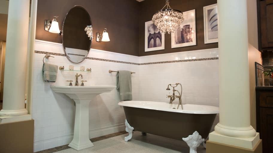Awesome Trendy Bathroom Remodel With Claw Foot Bathtub