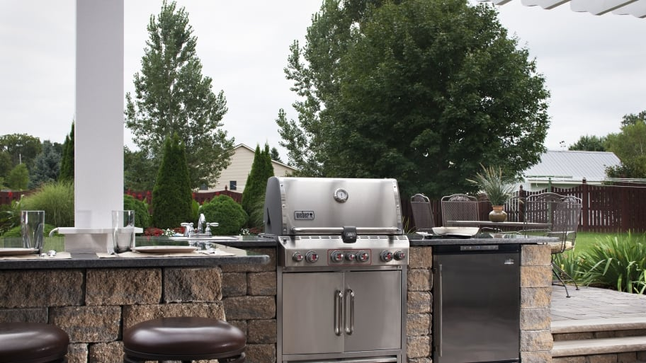 How To Maintain Your Outdoor Kitchen Angie S List