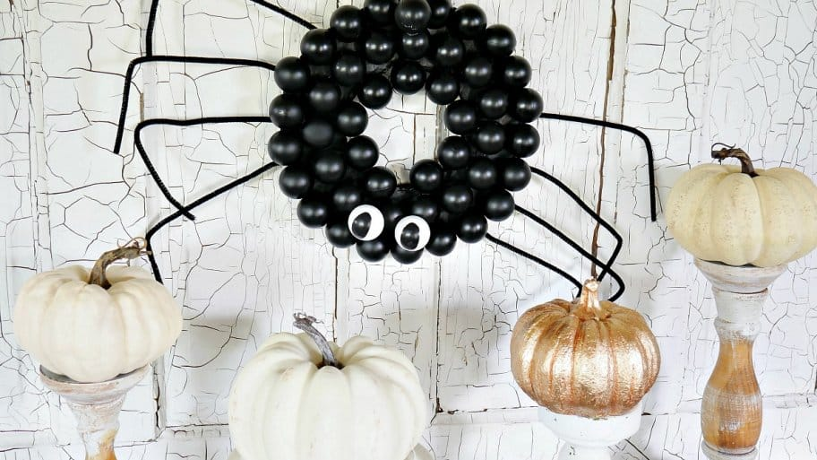 Hang this cute DIY spider to liven up your Halloween decorations. (Photo courtesy of Taryn Whiteaker/Design, Dining and Diapers)