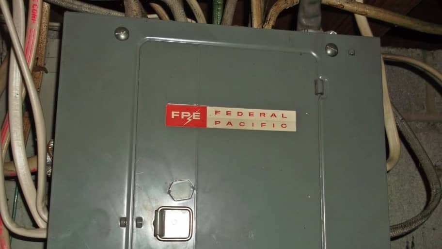 Are Federal Pacific Circuit Breaker Panels Safe? | Angie's List on