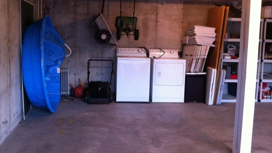 garage with washer and dryer