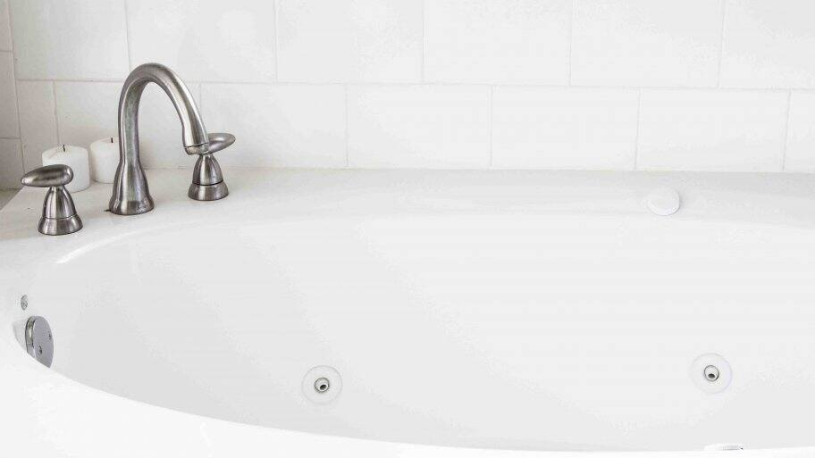 How To Clean A Jetted Bathtub