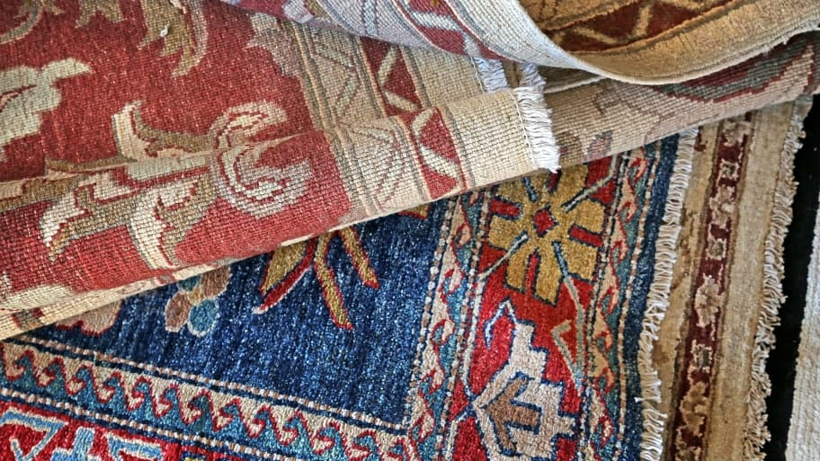 area rugs traditional dp amazon persian living ac room oriental black clearance on rug com