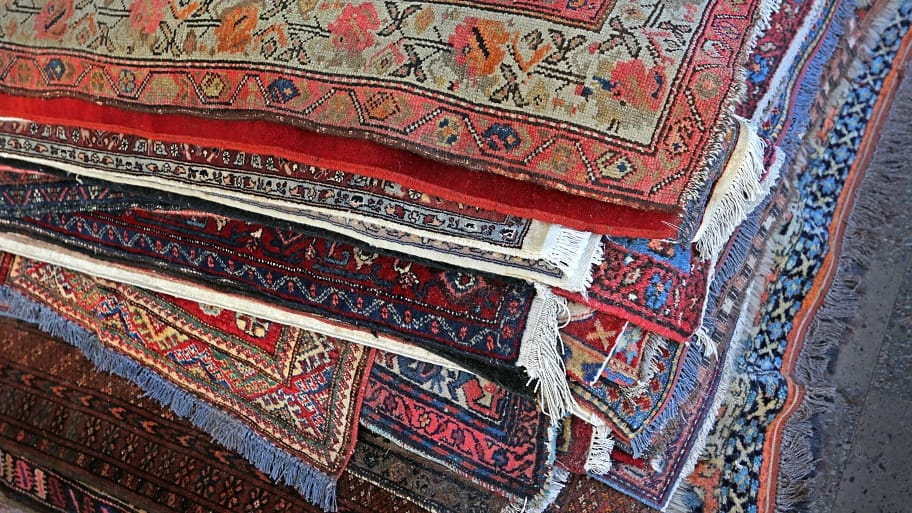 10 Tips for Maintaining Oriental Rugs