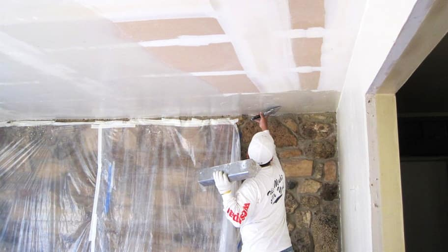 Who to Hire to Remove a Popcorn Ceiling