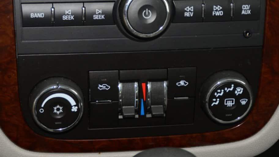 car air conditioning repair. car console for a/c system air conditioning repair