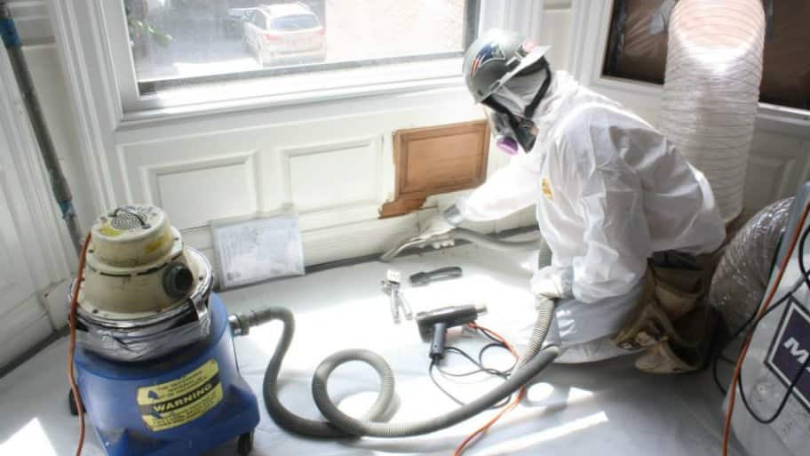 Lead paint safety what you need to know angie 39 s list for Heat gun to remove paint