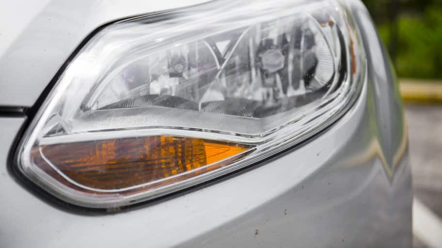 Costs Vary To Replace A Car Headlight Depending On If You Need Just Bulb Or The Entire Embly And Type Of Vehicle