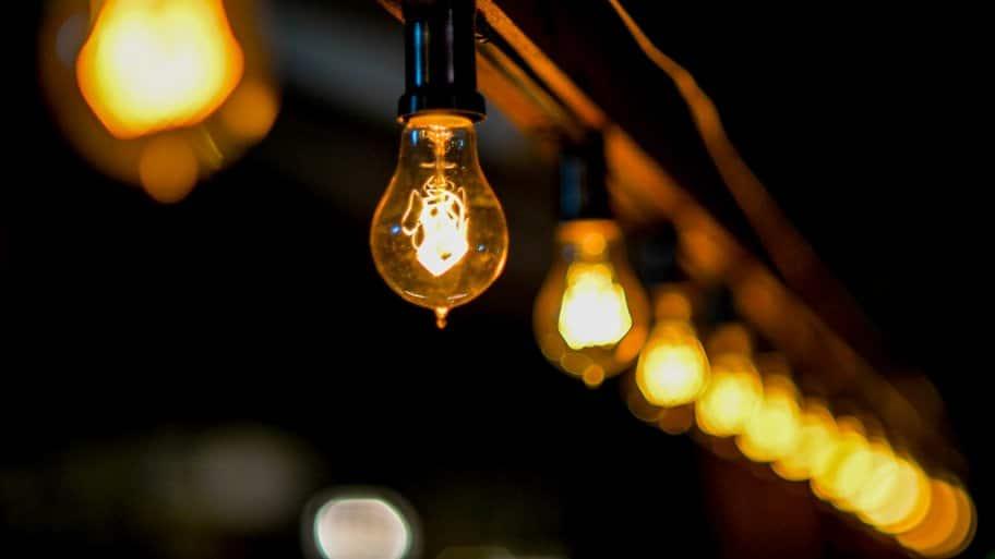 Row of Edison bulbs
