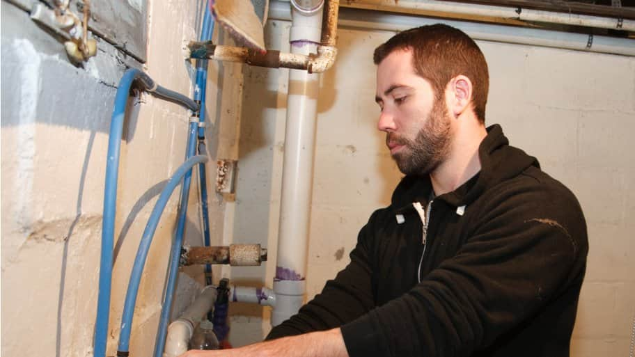 fixing frozen pipes