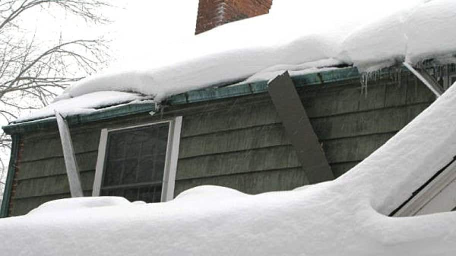 Help! My Gutters and Downspouts are Totally Frozen | Angie's List