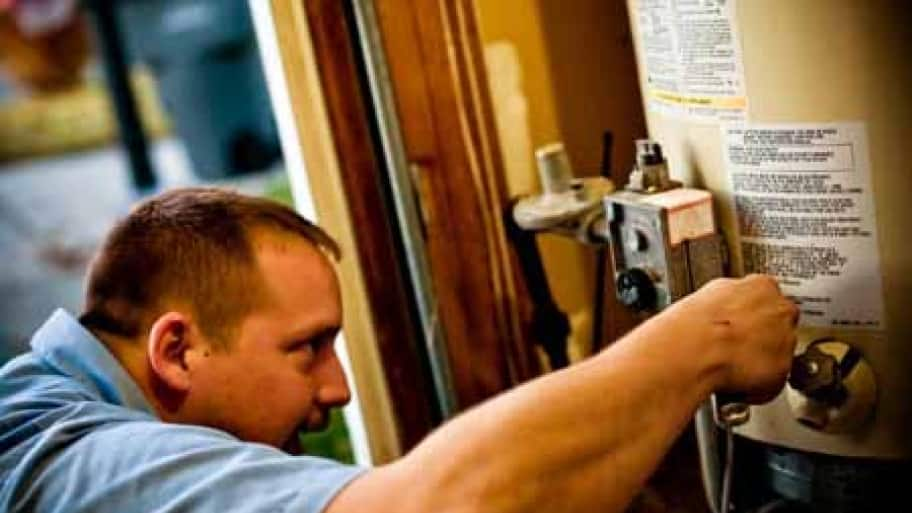 Tips From Professional Plumbers: 10 ...