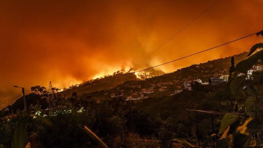 wildfires cause home destruction