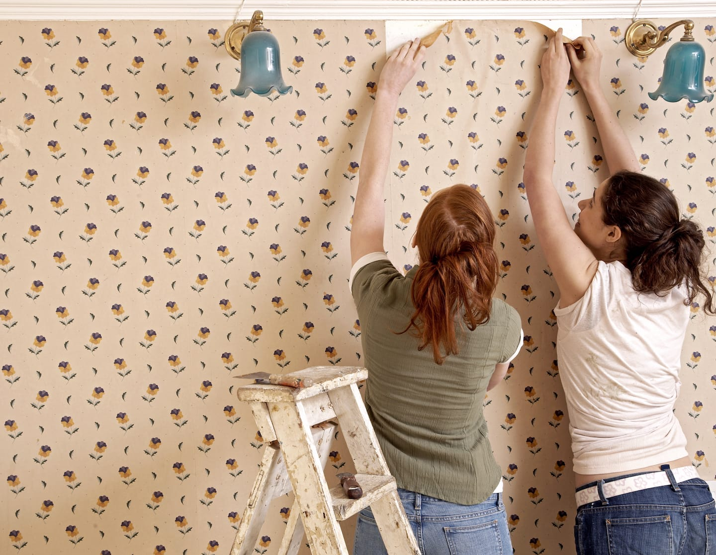 4 easy steps to remove wallpaper - Wall Paper Remover