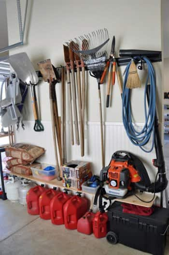 garage tools organized very nicely indeed