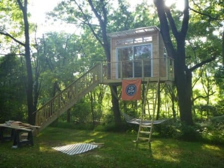 A $10,000 tree house under construction will serve as a reading room for its owner. (Photo courtesy of Custom Home Renovations, Woxall, Penn.)