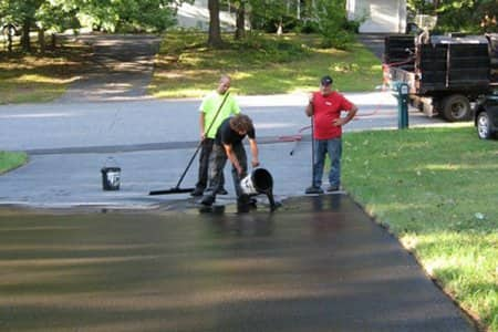 Should i seal my concrete or asphalt driveway angies list learn why sealing a concrete or asphalt driveway lasts longer and how to hire a sealcoating contractor solutioingenieria Image collections
