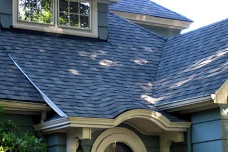 Should Roofers Use Nail Guns Or Hand Nail Shingles