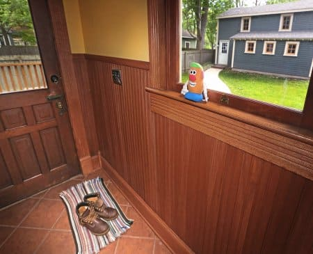 stained wood wainscoting in mud room (Photo by Frank Espich)